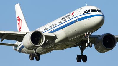 B-30DC - Airbus A320-271N - Air China