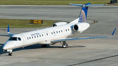 N12201 - Embraer ERJ-145XR - United Express (ExpressJet Airlines)