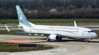 A picture of CSFAF - Boeing 7378FB - Ceiba Intercontinental - © Jeremy Denton