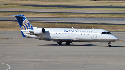 A picture of N958SW - Mitsubishi CRJ200LR - United Airlines - © NickyNoodleAviation