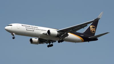 N353UP - Boeing 767-34AF(ER) - United Parcel Service (UPS)