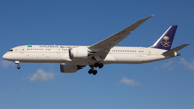 A picture of HZARE - Boeing 7879 Dreamliner - Saudia - © Piotr Persona