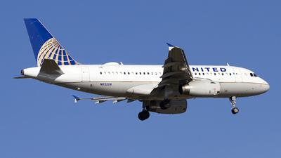 N832UA - Airbus A319-131 - United Airlines