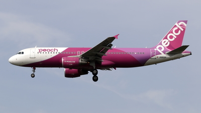 JA802P - Airbus A320-214 - Peach Aviation