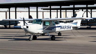A picture of N49194 - Cessna 152 - [15281186] - © Joshua Ruppert