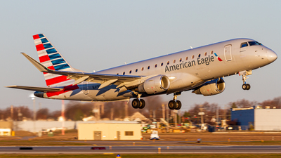 A picture of N419YX - Embraer E175LR - American Airlines - © Elliott F Martin