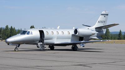 A picture of N29ZR - Cessna 560XL Citation Excel - NetJets - © Michael Rodeback