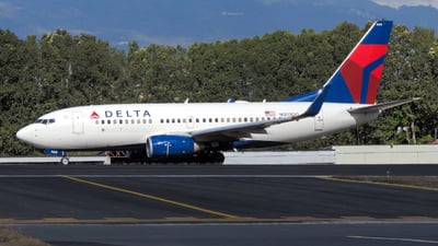 N303DQ - Boeing 737-732 - Delta Air Lines
