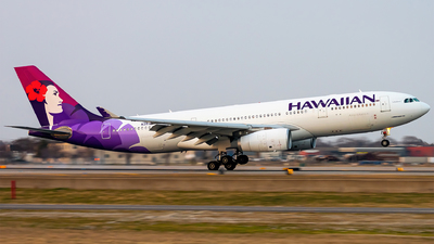 A picture of N393HA - Airbus A330243 - Hawaiian Airlines - © Mateo Skinner
