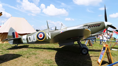 ML296 - Supermarine Spitfire Mk.IX - Private