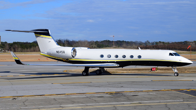 N6458 - Gulfstream G-V - Private