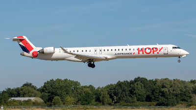 F-HMLO - Bombardier CRJ-1000EL - HOP! for Air France