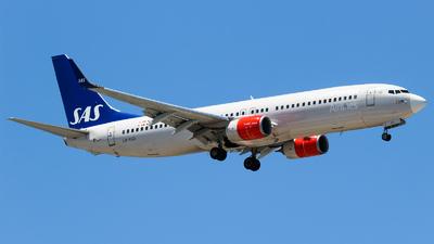 LN-RGD - Boeing 737-86N - Scandinavian Airlines (SAS)