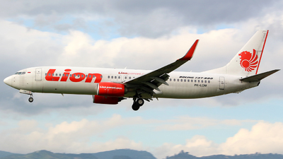 PK-LOM - Boeing 737-8GP - Lion Air