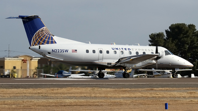 N223SW - Embraer EMB-120ER Brasília - United Express (SkyWest Airlines)