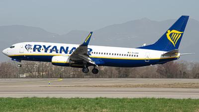 A picture of EIEBG - Boeing 7378AS - Ryanair - © Fabio Pozzessere