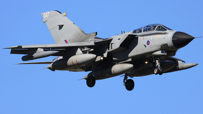 ZA556 - Panavia Tornado GR.4 - United Kingdom - Royal Air Force (RAF)