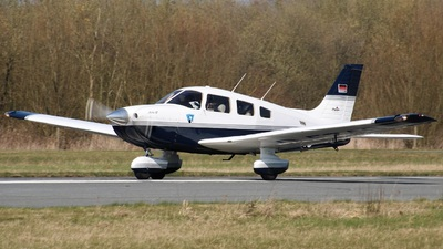 D-EZAS - Piper PA-28-181 Archer III - Private