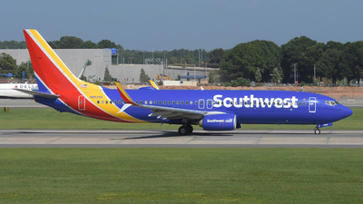 A picture of N8525S - Boeing 7378H4 - Southwest Airlines - © DJ Reed - OPShots Photo Team