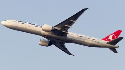 TC-JJP - Boeing 777-3F2ER - Turkish Airlines
