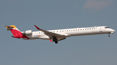 EC-MLO - Bombardier CRJ-1000 - Croatia Airlines (Air Nostrum)