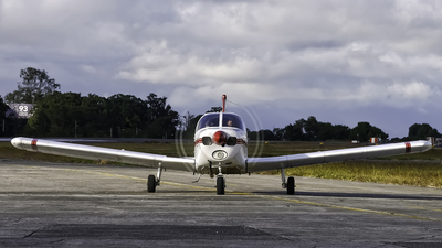 TG-IVO - Piper PA-28-140 Cherokee - Private