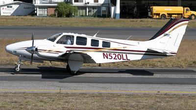 A picture of N520LL - Beech 58 Baron - [TH2052] - © Esdras García