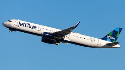 A picture of N968JT - Airbus A321231 - JetBlue Airways - © Brandon Giacomin