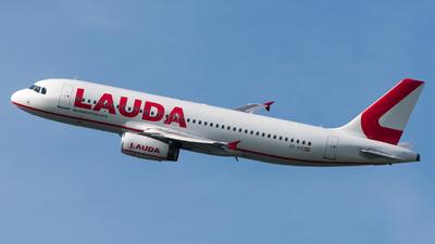 OE-IHD - Airbus A320-232 - LaudaMotion