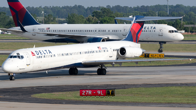N917DL - McDonnell Douglas MD-88 - Delta Air Lines