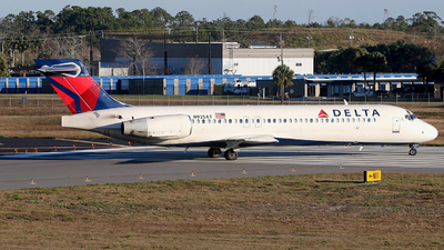 A picture of N925AT - Boeing 717231 - Delta Air Lines - © Eric Page Lu