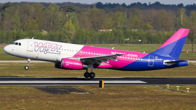 A picture of HALWJ - Airbus A320232 - Wizz Air - © C. v. Grinsven
