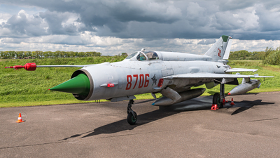 8706 - Mikoyan-Gurevich Mig-21MF Fishbed - Poland - Air Force