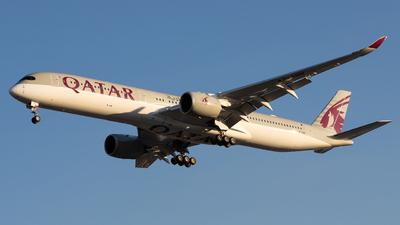 A picture of A7ANN - Airbus A3501041 - Qatar Airways - © Renato Oliveira
