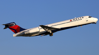 N915AT - Boeing 717-231 - Delta Air Lines
