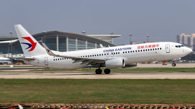 B-209M - Boeing 737-89P - China Eastern Airlines