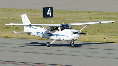 N121W - Cessna 172 Skyhawk - Private