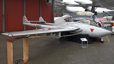 J-1200 - De Havilland Vampire FB.6 - Switzerland - Air Force