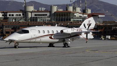 T7-ASG - Piaggio P-180 Avanti Evo - Private