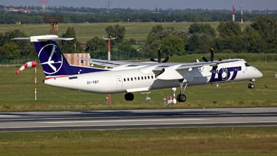OY-YBY - Bombardier Dash 8-Q402 - LOT Polish Airlines (Nordic Aviation Capital (NAC))