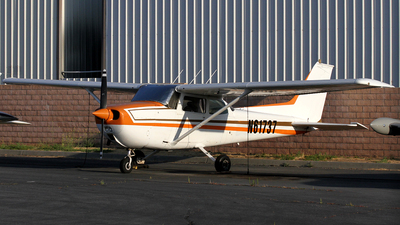 A picture of N61737 - Cessna 172M Skyhawk - [17264763] - © Bruno Orofino