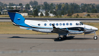 N568DR - Beechcraft 300 Super King Air - Private