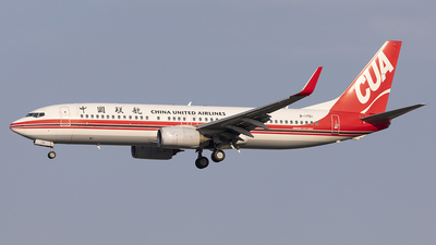 A picture of B1751 - Boeing 73789P - China United Airlines - © jehrenstoneman