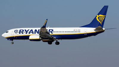 A picture of EIDWS - Boeing 7378AS - Ryanair - © Carlos Barcelo