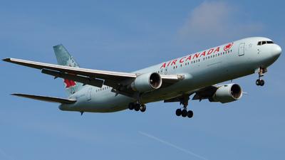 C-FMWQ - Boeing 767-333(ER) - Air Canada