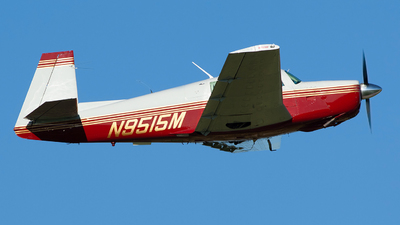 N9515M - Mooney M20F - Private