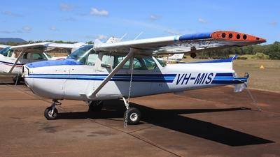 VH-MIS - Cessna 172N Skyhawk - Private