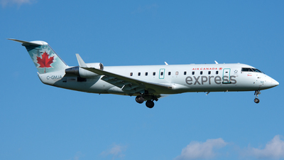 C-GMJA - Bombardier CRJ-200ER - Air Canada Express (Jazz Aviation)