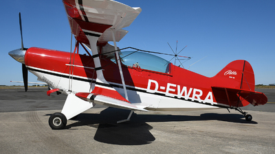 D-EWRA - Pitts S-2B Special - Private