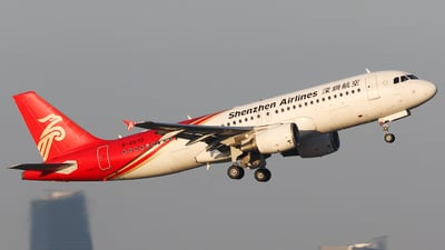 B-6570 - Airbus A320-214 - Shenzhen Airlines